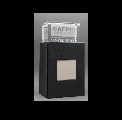 trophée cube verre gravure laser 8 cm