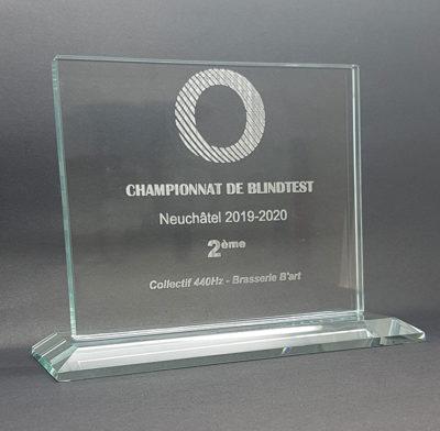 trophée verre horizontal gravé socle biseauté