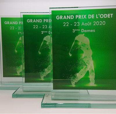 trophée en verre rectangulaire personnalisé d'une impression couleur