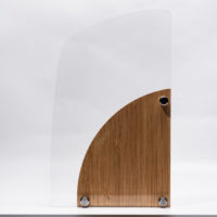 trophée bois bambou et plexiglass à graver