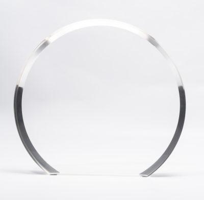 trophée en plexiglass rond sans socle bords biseautés gravé ou imprimé en couleur