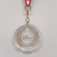 médaille verre gravée bords biseautés diamètre 55 mm