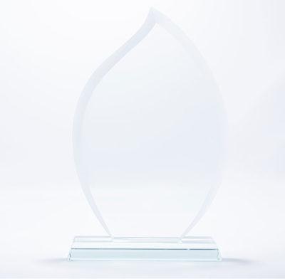 trophée en verre flamme bords biseautés avec socle